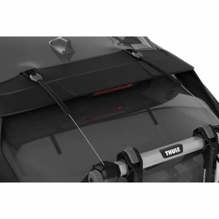 Sécurité de fixation maximale du porte-vélo OutWay Hanging 3 au véhicule grâce aux câbles en acier.