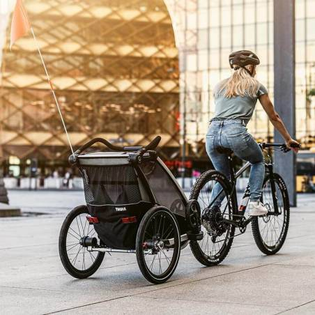 Balade en ville avec la remorque vélo Lite 2 Thule - YGGOR