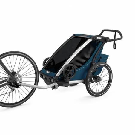 """Partez skier avec le """"coupé sport"""" de la gamme Thule : pack comprenant nouveau modèle de la remorque enfant Chariot Cross 1, le kit ski et 1 duvet."""