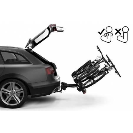 Possibilité d'ouvrir le coffre même avec les vélos installés sur le porte-vélos EasyFold XT F 2 Thule - YGGOR